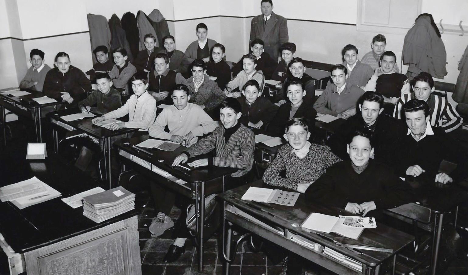 1957_1958_4°M_fond JP Rinino