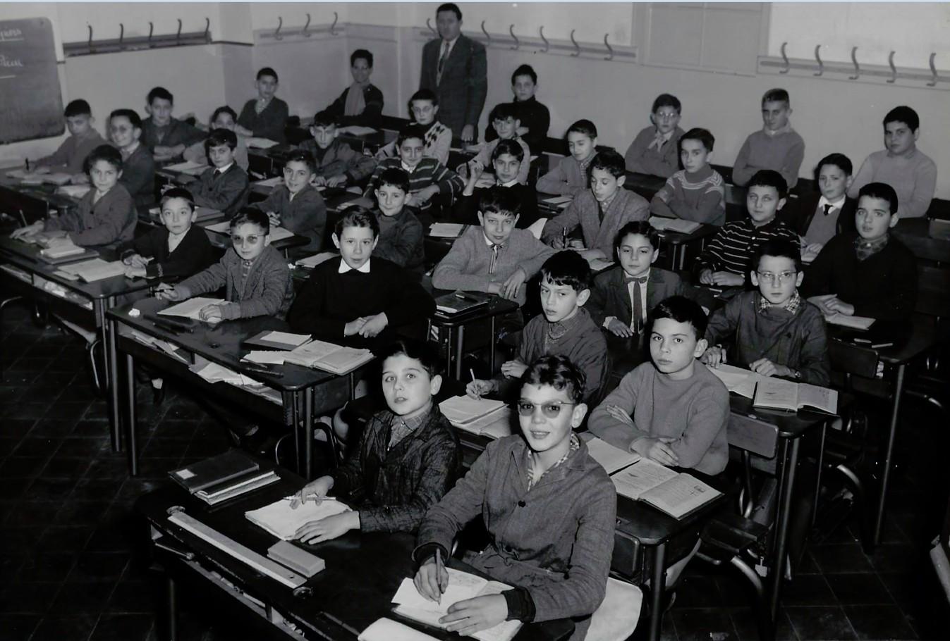 1958_1959_6°A_fond JP Rinino